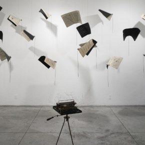 María Edwards, Verso IV, en Arróniz Arte Contemporáneo, feria Untitled, Miami, 2017. Cortesía de la artista