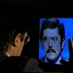 Juan Downey, still del video The Looking Glass, 1981; Imagen cortesía de Cea