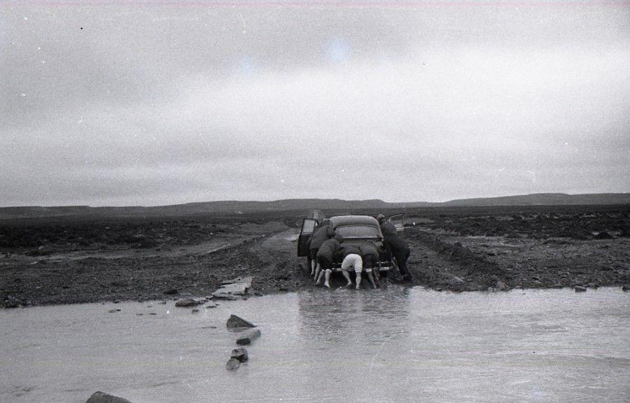 13 de Agosto, 1965, bajo Río Seco. Travesía de Amereida. Cortesía: Archivo Ciudad Abierta/Corporación Cultural Amereida