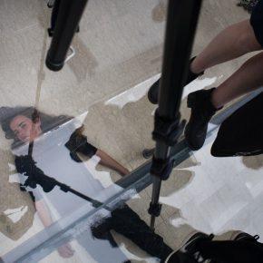 Anne Imhof, Faust, 2017, performance. Pabellón de Alemania en la 57° Bienal de Arte de Venecia. Foto: Francesco Galli. Cortesía: La Biennale di Venezia