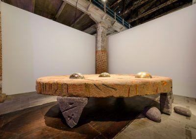 Erika Verzutti, varias obras de 2003- 2017 en la Esposizione Internazionale d'Arte - La Biennale di Venezia, Viva Arte Viva. Foto: Andrea Avezzù. Cortesía: La Biennale di Venezia