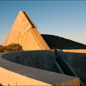 Charles_Ross_Solar_Pyramid_Star_Axis_2012