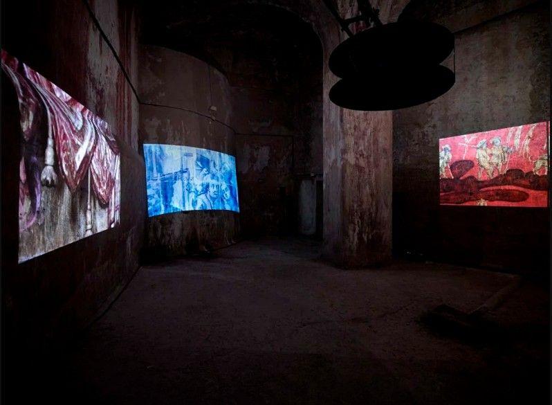 Adriana Varejão, Transbarroco (2014), video instalación a cuatro canales. Foto: Matteo D'Eletto M3 Studio © Academia Francesa en Roma–Villa Medici y la artista.