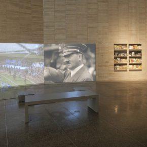 Vista de la exposición Prosa del observatorio de la artista Adriana Bustos en el Museo de Arte Contemporáneo de Castilla y León (MUSAC), en León, España. Foto: cortesía MUSAC.