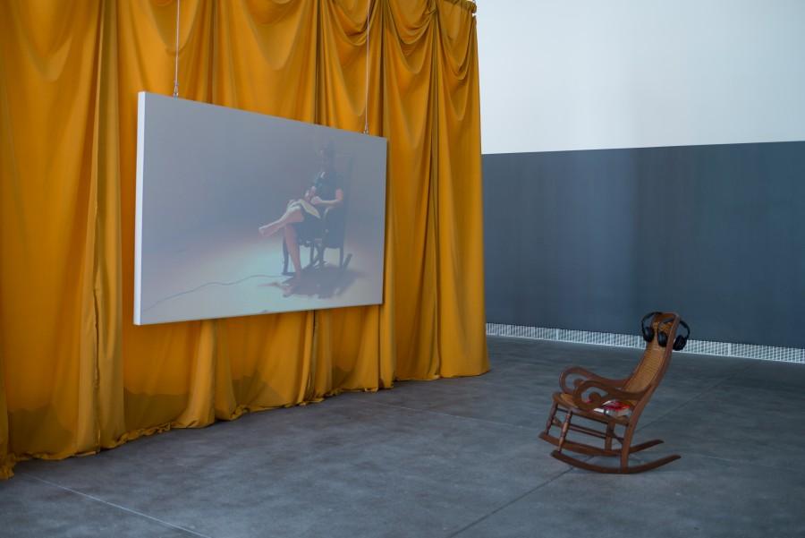 Tania Bruguera, Instituto de Artivismo Hannah Arendt (INSTAR), 2016–presente. Vista de la instalación en Tania Bruguera: Talking to Power / Hablándole al Poder, Yerba Buena Center for the Arts, San Francisco, 2017. Cortesía: Yerba Buena Center for the Arts. Foto: Charlie Villyard.