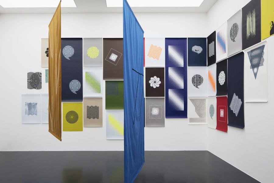 """Vista de la exposición """"Dedicated to the Bird we love"""", de Felipe Mujica, en Von Bartha, S-chanf, Basilea (Suiza), 2017. Cortesía de la galería"""