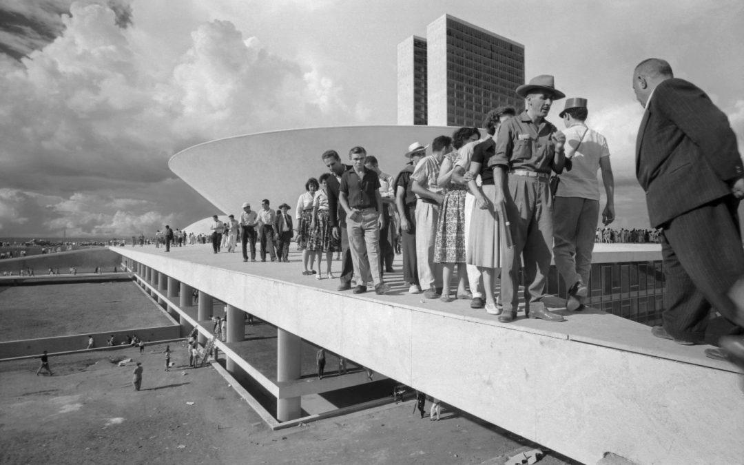 MEMORIES OF UNDERDEVELOPMENT. CUESTIONANDO LA UTOPÍA DESARROLLISTA DE LA MODERNIDAD