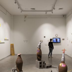 Vista de la muestra Cantos de Tarapacá, en el Centro Cultural de España en Santiago de Chile. Foto: Josefina López, cortesía CCE Santiago.