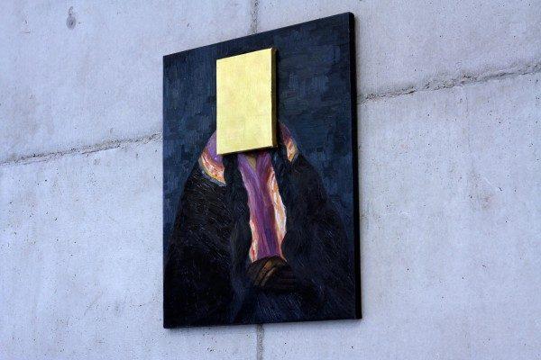 Sandra Gamarra, Pan de Oro sobre retrato indigenista, 2014,pan de oro sobre óleo sobre tela,,65 x 56 cm.Foto: Filipe Berndt