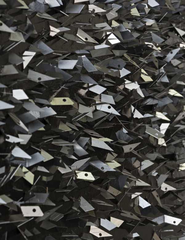 Detalle de la pieza Vínculos de Proximidad, parte de la muestra Sin Estrellas en Sala Gasco Arte Contemporáneo, Santiago de Chile. Foto: Jorge Brantmayer, cortesía Sala Gasco.