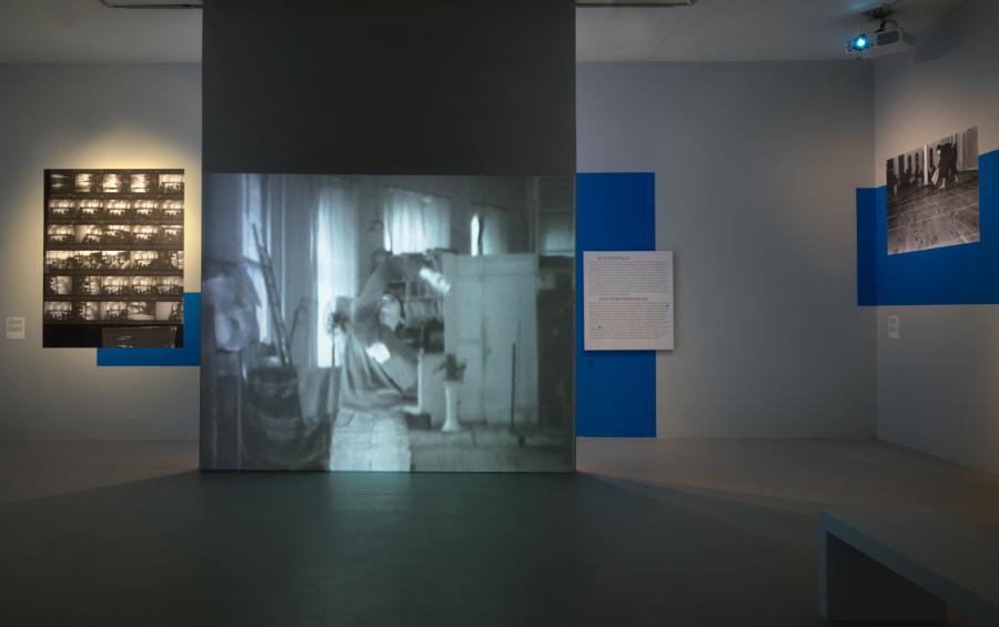 """Vista de la exposición """"Juan Downey: Radiant Nature"""", en Los Angeles Contemporary Exhibitions (LACE), Los Ángeles, California, 2017. Cortesía: The Estate of Juan Downey. Foto: Robert Wedemeyer"""
