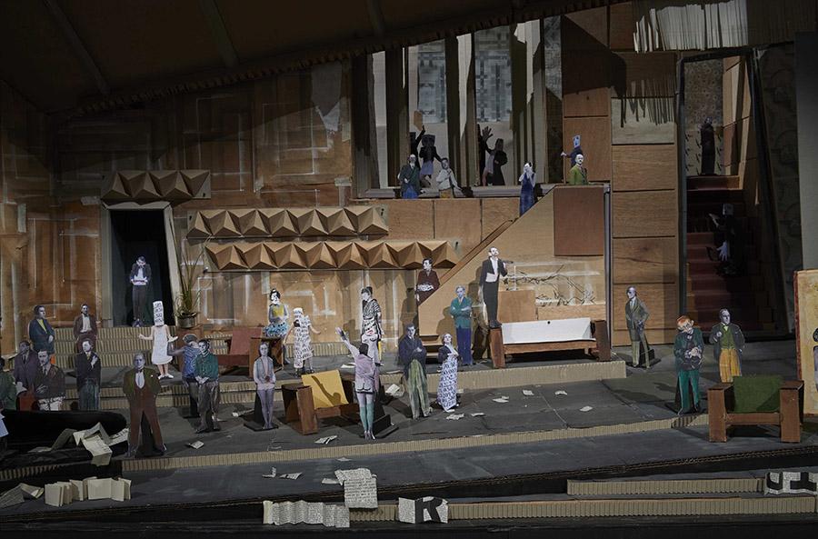 """Maqueta para """"Lulu"""", parte de la muestra Basta y sobra de William Kentridge en el Museo Reina Sofía, Madrid. Foto: Joaquín Cortés/Román Lores, cortesía del museo."""