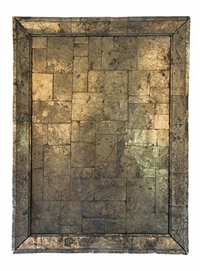 Alejandra Prieto, Espejo pirita (el oro de los tontos), 2018, escultura en pirita, 73 x 55 x 8 cm. Cortesía: Die Ecke Arte Contemporáneo, Santiago de Chile
