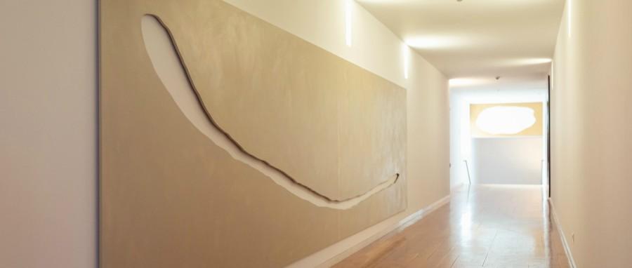 """Vista de la exposición """"En construcción"""", en el Centro Gallego de Arte Contemporáneo (CGAC), España. Cortesía: CGAC"""