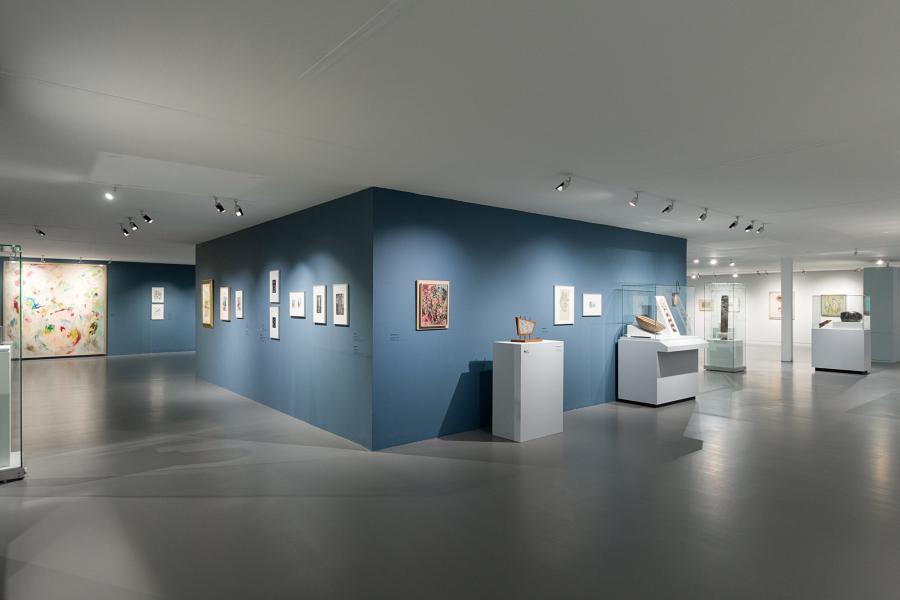 """Vista de la exposición """"El gran malentendido. Wolfgang Paalen en México y el surrealismo disidente de la revista DYN"""", en el Museo de Arte Carrillo Gil, Ciudad de México, 2018. Foto: Araceli Limón"""