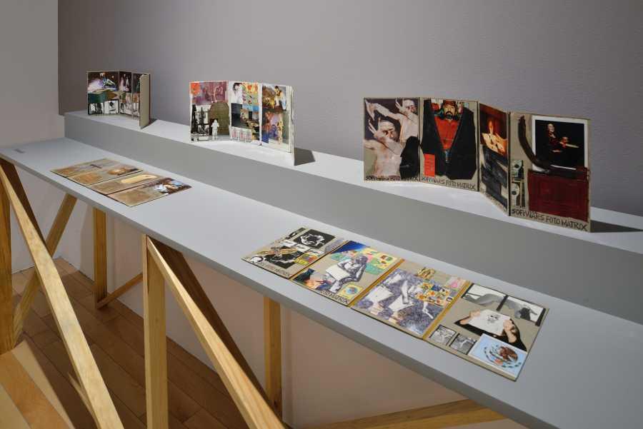 """Vista de la exposición """"Marcos Kurtycz. Contra el estado de guerra, un arte de acción total"""", en el Museo Amparo, Puebla, México, 2018. Cortesía: Museo Amparo"""