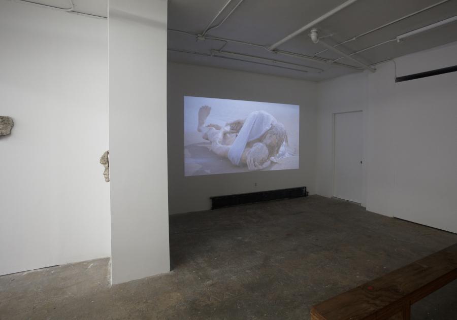 """Vista de la exposición """"Afterwards no one will remember (Después nadie recordará)"""", de Juan Pablo Langlois, en la galería Cindy Rucker, Nueva York, 2018. Foto cortesía galería Cindy Rucker"""