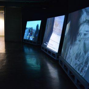 Vista de la exposición Bordes de la Cotidianidad en El Parqueadero, Bogotá, 2018. Foto cortesía: Divulgación SGCL.