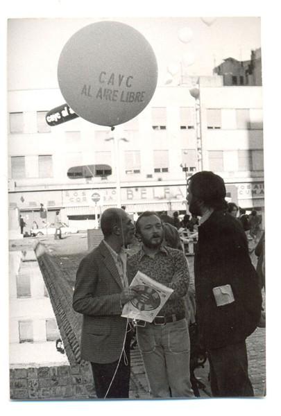Vista de la Plaza Roberto Arlt en la exposición CAyC al aire libre. Arte e ideología, 1972