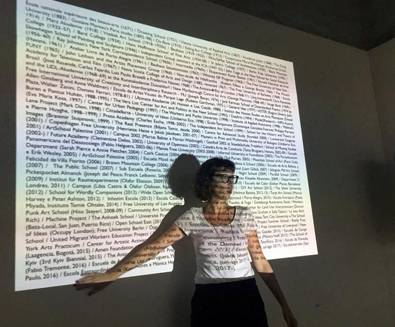MÔNICA HOFF SOBRE ARTE Y EDUCACIÓN: EXPERIENCIAS COMUNITARIAS