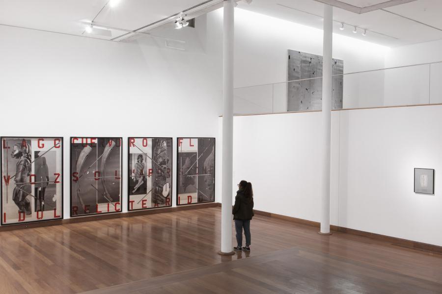 Vista de la exposición Beautiful Ruins, de Nicolás Franco, en el MAVI - Museo de Artes Visuales, Santiago de Chile, 2019. Cortesía del artista