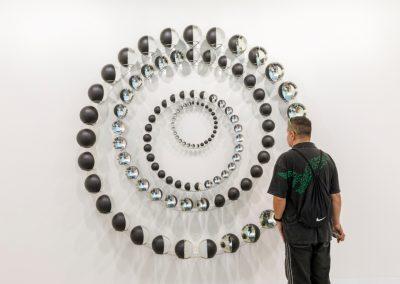 """Olafur Eliasson en Tanya Bonakdar Gallery, sección """"Galleries"""" de Art Basel 2019. Foto cortesía de Art Basel"""