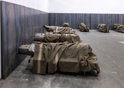 """Jannis Kounellis en la sección """"Unlimited"""". Representado por Galerie Karsten Greve. Foto cortesía de Art Basel"""