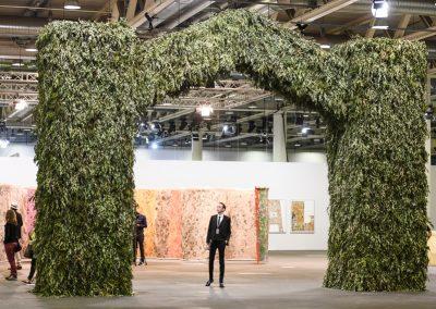 """Kapwani Kiwanga en la sección """"Unlimited"""". Representado por Goodman Gallery. Foto cortesía de Art Basel"""
