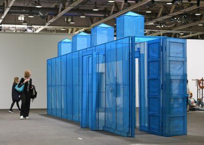 """Do Ho Suh en la sección """"Unlimited"""". Representado por Lehmann Maupin y Victoria Miro. Foto cortesía de Art Basel"""