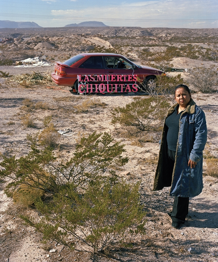 """Mireia Sallarès, """"Malu"""", de la serie de audio fotografías del proyecto Las Muertes Chiquitas, Barcelona, 2016. © Mireia Sallarès / Foto: Dante Busquets / Cortesía de la galería Àngels Barcelona"""