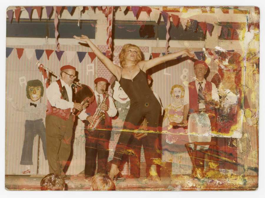Exilio y Carnavales, Archivo De La Memoria Trans Argentina, serie de fotografía y audios, Buenos Aires - Argentina, 1970 / 1990. Cortesía: CAC Quito