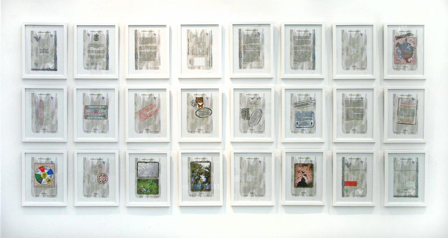 """Erika Harrsch, """"US of North America"""". Vista de la exposición """"Estéticas migratorias"""", en la galería de la George Mason University, Washington D.C, 2019. Cortesía: RoFA Projects"""
