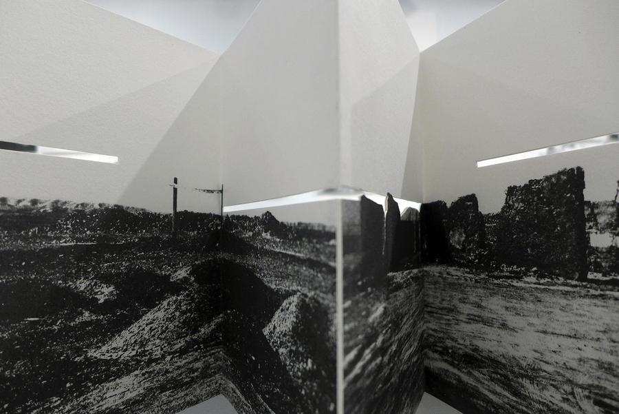 """Vista de la exposición """"The Reverse of the Landscape"""", de Catalina De la Cruz, en The Center for Book Arts, Nueva York, 2019. Cortesía de la artista"""