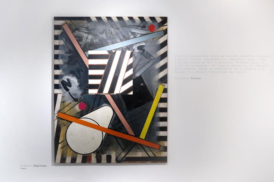 """Eugenio Espinoza. Vista de la exposición """"El cubo líquido"""", en Galería Jacob Karpio, Bogotá, 2019. Foto cortesía de la galería."""