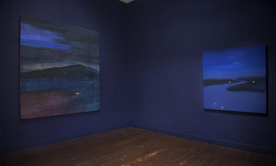 CJ Chueca, La noche que no es, cada vez, en absoluto la misma, 2019, acrílico sobre tela, 230 x 200 cm. Cortesía: Galería Vigil Gonzáles, Lima
