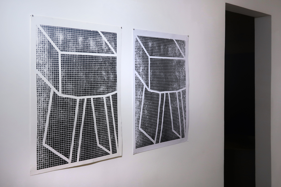 """Jessica Briceño Cisneros. Vista de la exposición """"El cubo líquido"""", en Galería Jacob Karpio, Bogotá, 2019. Foto cortesía de la galería."""