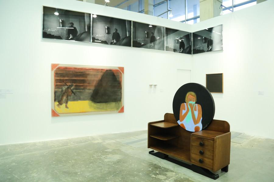 Obra de Beatriz González en Galería Casas Riegner, Bogotá. Feria ARTBO 2019. Foto: Cámara de Comercio de Bogotá / 48 por Segundo.