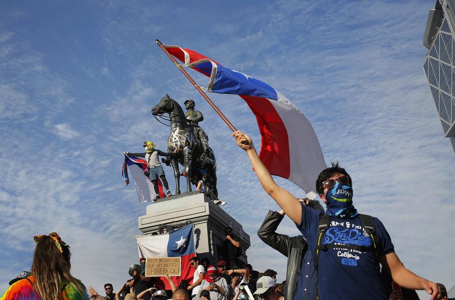 Monumento a Manuel Baquedano. Fotografía de José Luis Rissetti