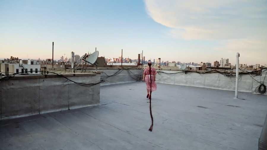 """""""El viaje de Monalisa"""", de Nicole Costa, fotograma de película."""