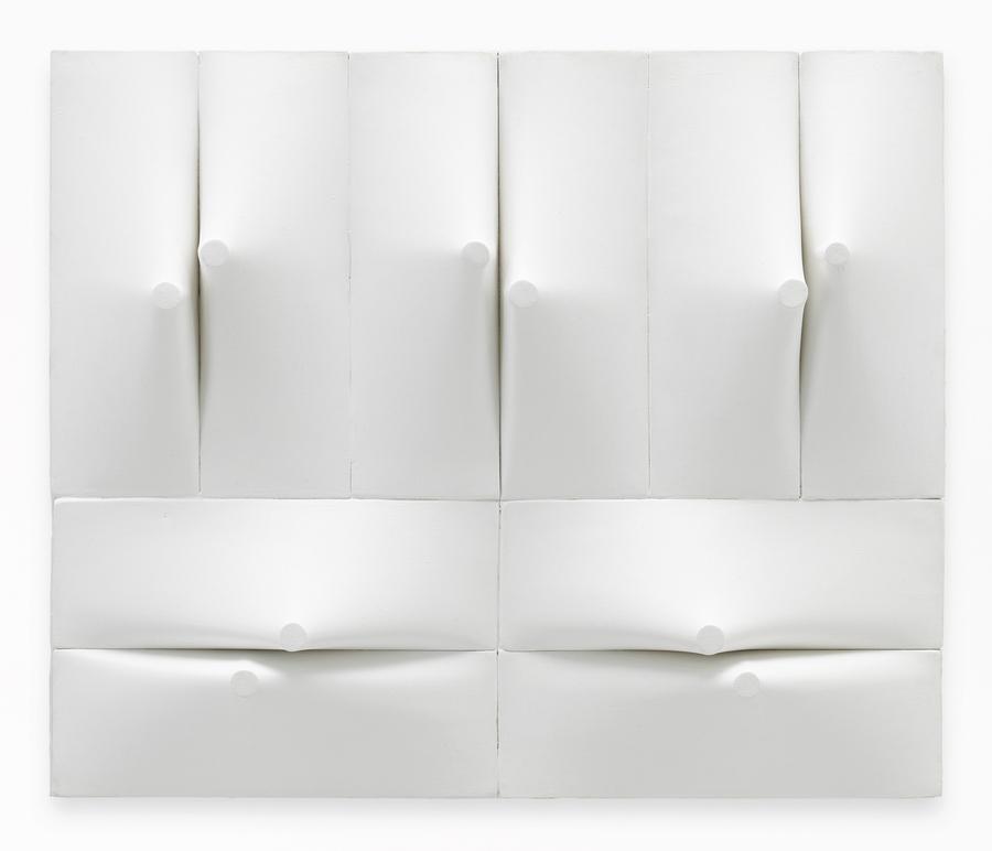 Zilia Sánchez, Conjuccion I, 2011, acrylic on stretched canvas, 17.5 x 21.25 x 3 inches (44.5 x 54 x 7.6 cm). © Zilia Sánchez. Courtesy Galerie Lelong & Co., New York