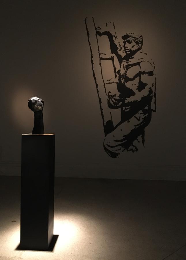 """""""Sub-Terra"""", Luis Montes Rojas (2019). Vista de la exposición """"Contra la razón"""" en el Museo Nacional de Bellas Artes (MNBA), Santiago de Chile, 2019"""