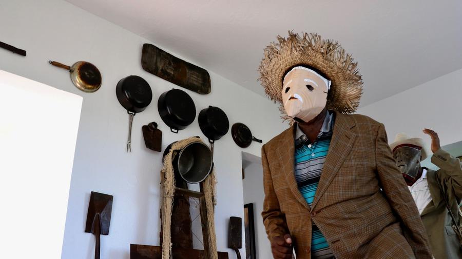 Daniel Lind Ramos, La ruta del Pregonero, casa del artista en Colobó, Loíza, Puerto Rico, 7 de diciembre de 2019. Foto: MAC Puerto Rico