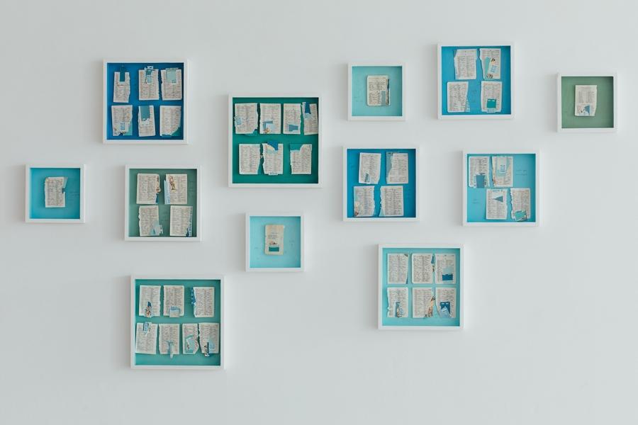 Erika Ewel, Serie Escritos, 2020, dibujo, collage sobre madera, dimensiones variables. Foto: Michael Dunn Cáceres